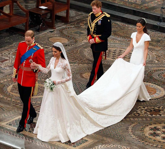 những bộ váy đầm đẹp nhất thế giới 19