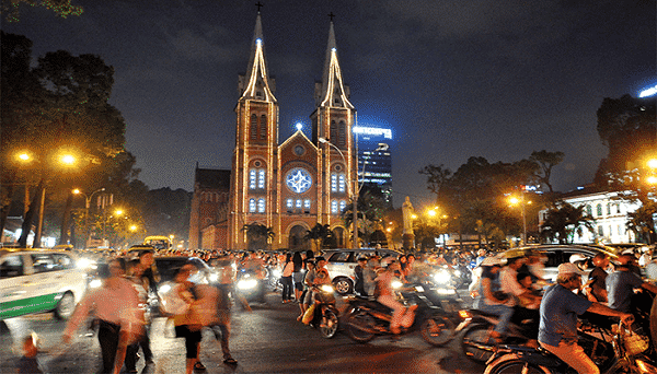 Noel 2018 đi đâu chơi tại TPHCM? 50+ điểm chơi Noel HOT nhất Sài Gòn