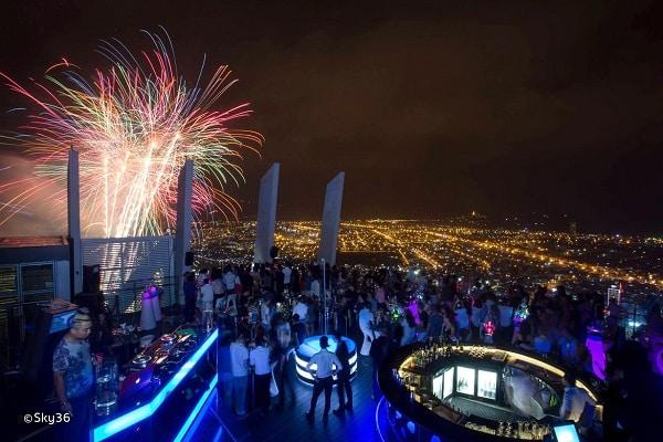 Sky36 – tầng 36 Novotel Premier Han River - Địa điểm đi chơi Noel tại Đà Nẵng 2017
