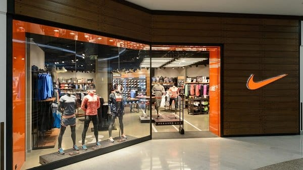 hình ảnh Top 20 shop giày Nike chính hãng TPHCM giá rẻ & uy tín nhất - số 1