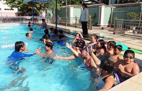 hình ảnh Top 7 Địa Điểm Học Bơi Ở TPHCM Giá Rẻ Cho Mọi Người - số 5