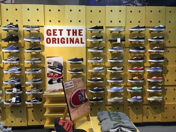 Top 10 Shop Giày Vans Chính Hãng Hà Nội Uy Tín Giá Rẻ Nhất