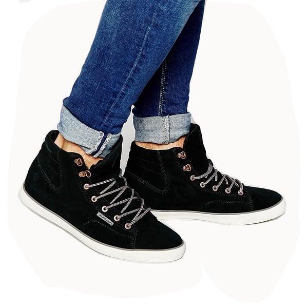 hình ảnh Top 8 Shop Bán Giày Thể Thao Nam Giá Rẻ TPHCM Siêu Chất - số 5