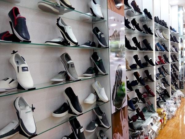 hình ảnh Top 9 Shop Giày Trên Đường Cách Mạng Tháng 8 Rẻ Đẹp Đông Khách Nhất - số 6