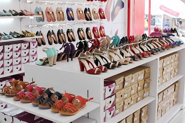 hình ảnh Top 9 Shop Giày Trên Đường Cách Mạng Tháng 8 Rẻ Đẹp Đông Khách Nhất - số 8