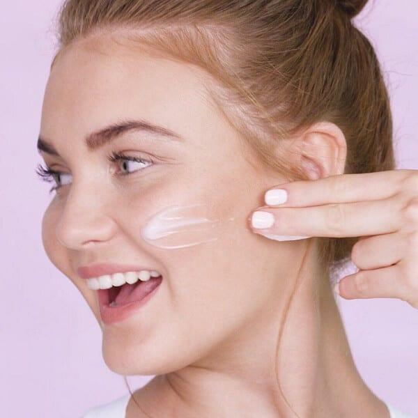 Cách chọn kem chống lão hóa phù hợp với da mặt