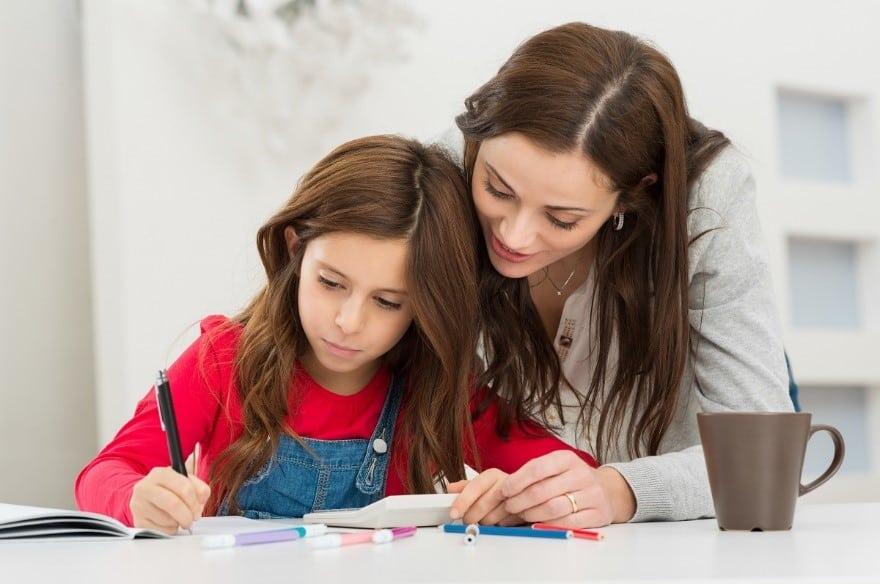 Ba mẹ nên quan tâm nhất điều gì khi dạy tiếng anh cho trẻ em?