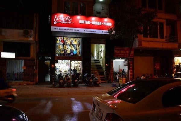 hình ảnh Top 7 shop guitar Hà Nội giá cả phải chăng - số 2