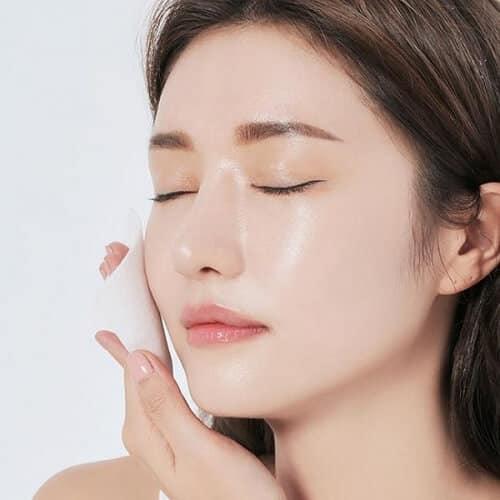 Cách chọn toner cho da dầu mụn