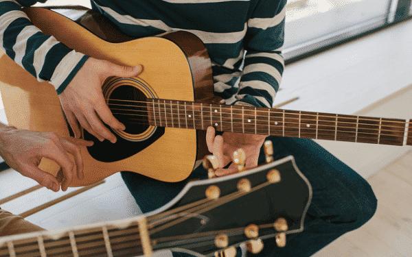 shop đàn guitar hà nội 8