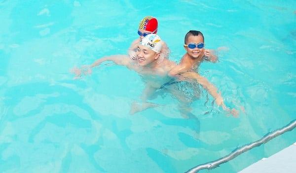 trung tâm dạy bơi cho trẻ em tphcm