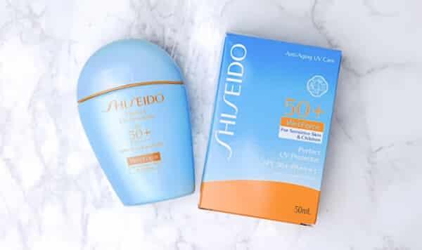 shiseido-perfect-uv-protector-s-kem-chong-nang-cua-nhat-loai-nao-tot