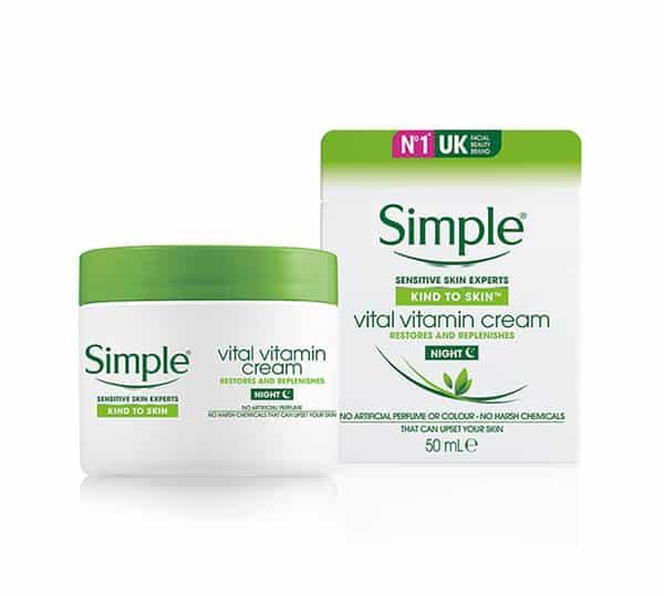 kind-to-skin-vital-vitamin-kem-duong-da-mat-ban-dem-loai-nao-tot