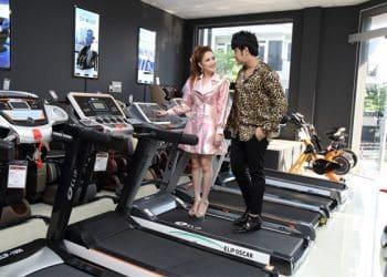 hình ảnh Diễn viên Phương Hằng chọn mua máy chạy bộ thương hiệu Elipsport - số 5