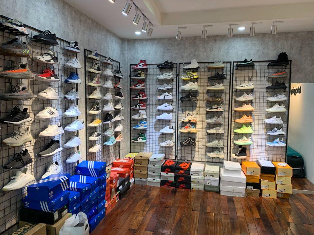 hình ảnh Top 10 Shop Giày Replica Hà Nội Rẻ Đẹp Không Thể Bỏ Qua - số 2